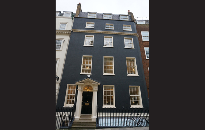 Londonpaintedblkhouses_1